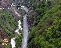 خطر رانش زمین و سقوط سنگ در جاده چالوس